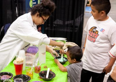 Professor Egghead Nawar Slime Science Booth